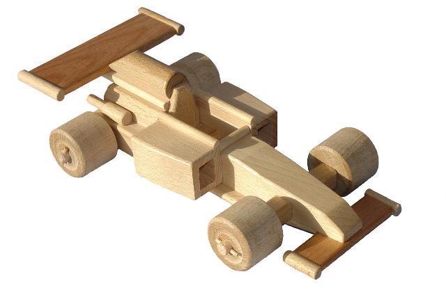 Fórmula del coche de madera