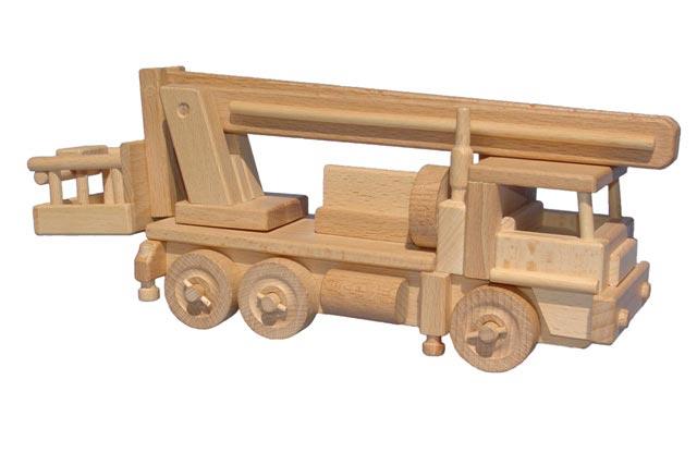 Automóvil de madera
