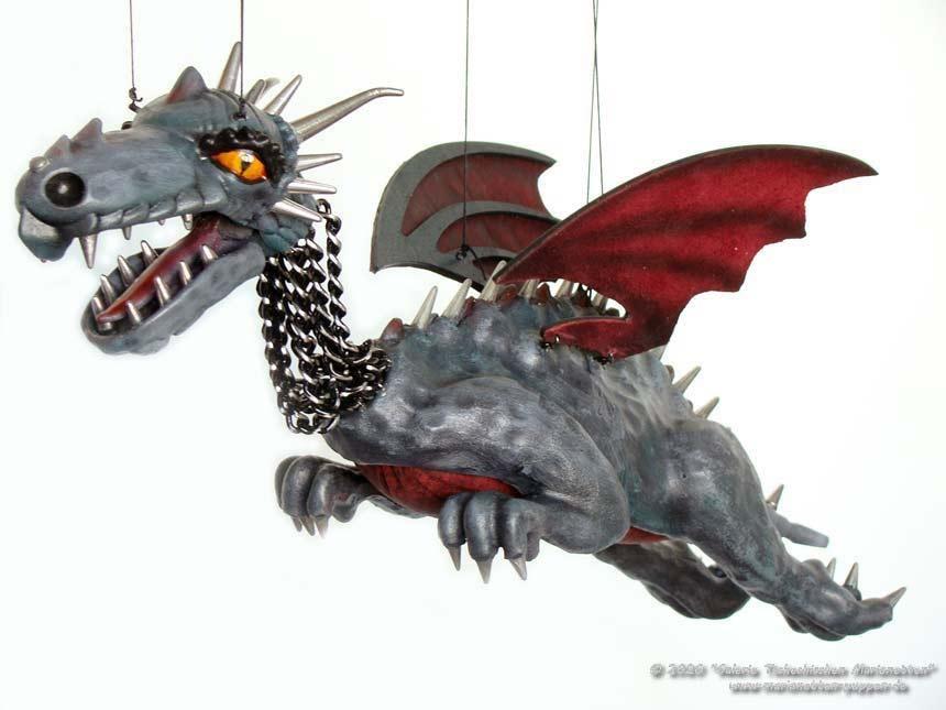 Dragón marioneta