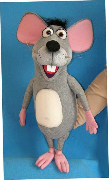 Ratón títere de espuma