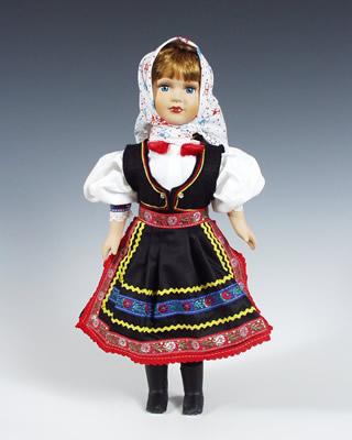 Niva , muñeca en trajes nacionales