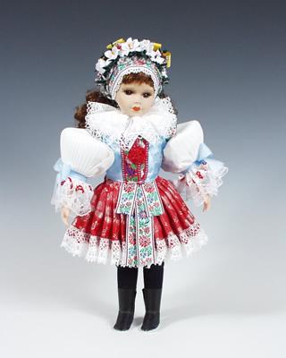 Borsice Novia muñeca en trajes nacionales