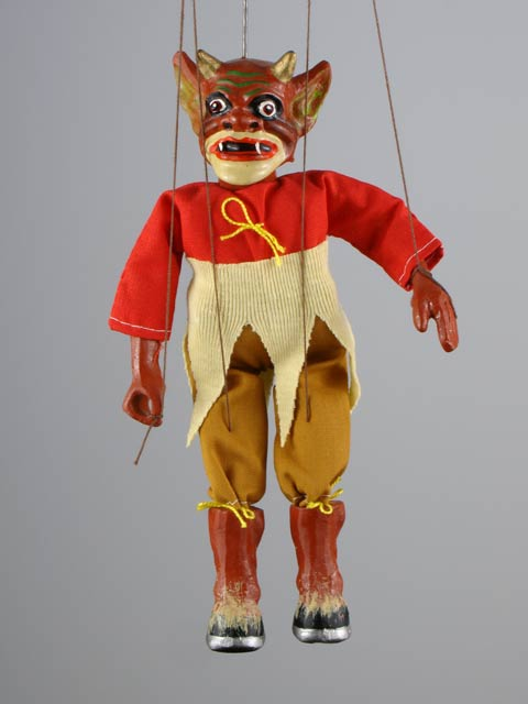 Satanás marioneta titere