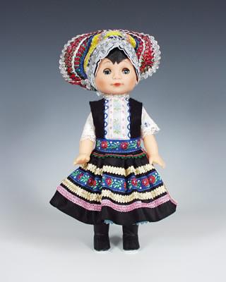 Tekov muñeca en trajes nacionales