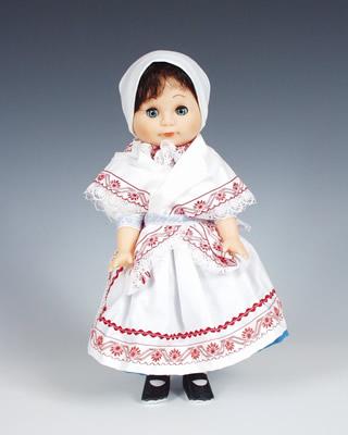 Turnov muñeca en trajes nacionales
