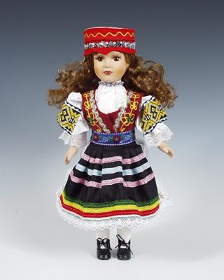 Zdiar, muñeca en trajes nacionales
