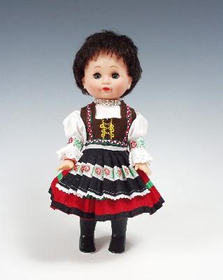 Zemplincanka muñeca en trajes nacionales