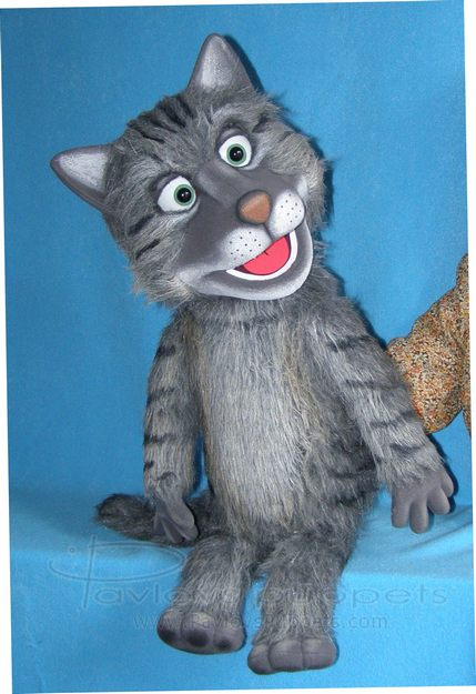 Gato títere de espuma